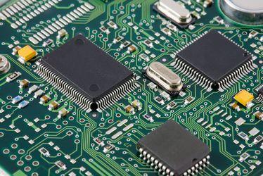 vibrationen mikro controller und pcb platte